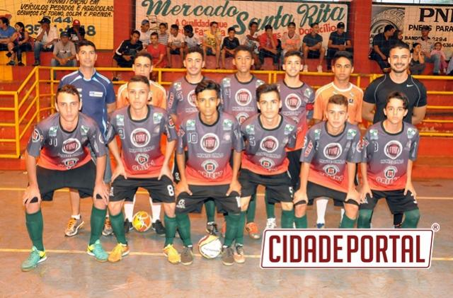 Equipe goioerense de futsal participou do Campeonato Paranaense Sub 17 em Luiziania