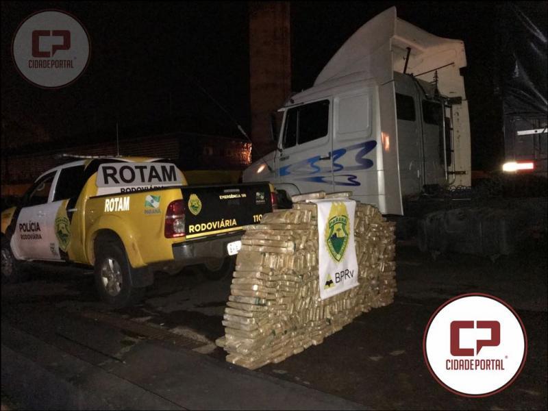 Equipe Rotam da PRE da 3ª CIA apreende 400 KG de Maconha em fundo falso de Carreta carregada de Farinha em Toledo
