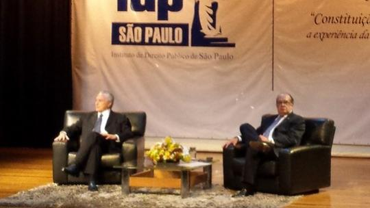 Após reunião com Mendes sobre reforma política, Temer diz que não discute o tema