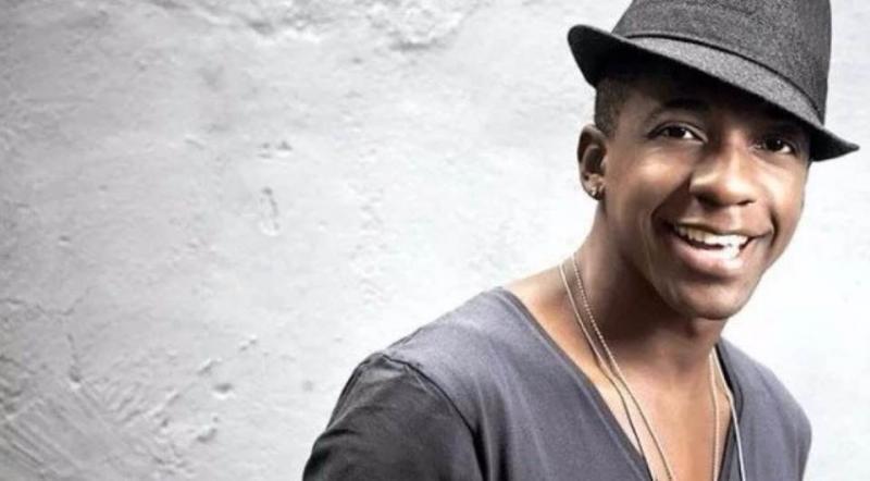 Cantor Mumuzinho será comentarista de Carnaval