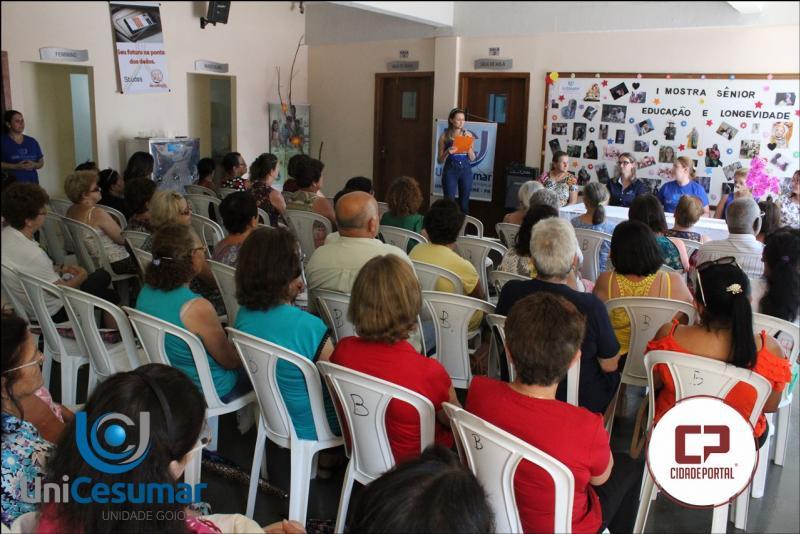 Alunos do curso de Serviço Social-Unicesumar realizam a I Mostra Sênior- educação e longevidade