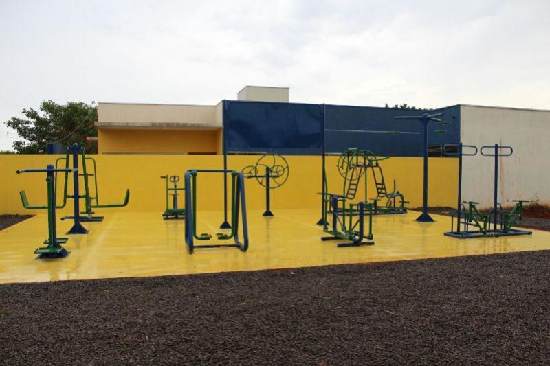 Prefeitura Municipal de Goioerê entrega duas academias da terceira idade