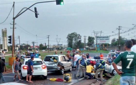 Veículos de Goioerê e Quarto Centenário se envolvem em acidente em Maringá
