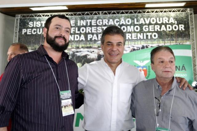 Prefeito Reinaldo Krachinski participa de evento com Governador Beto Richa em Cianorte