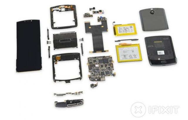 Especialistas criticam Motorola Razr por dificuldade de fazer reparos