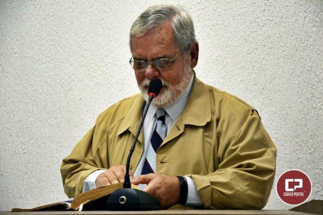A eternidade de Deus, e a fragilidade do ser humano - Pr. Pedro R. Artigas