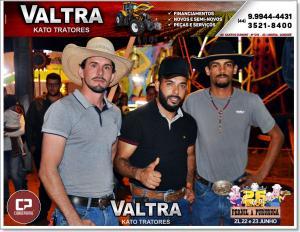 Galeria de Fotos do Rodeio e Show do Cantor Lucas Lucco no 26º aniversário de Farol