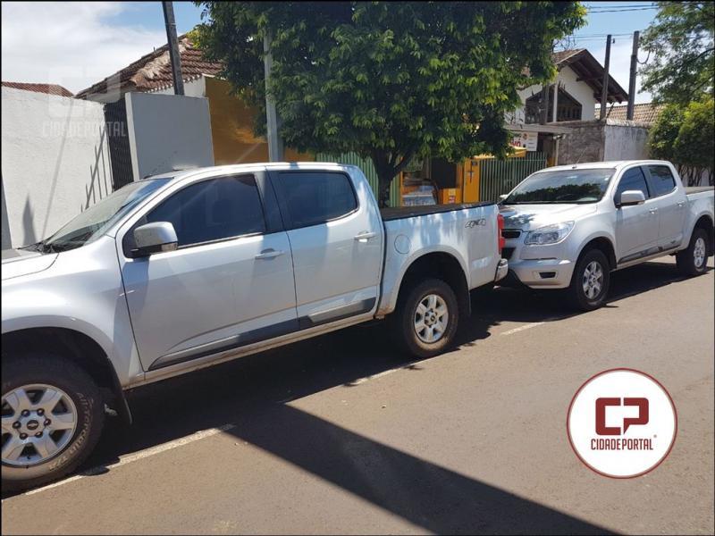 Equipe do Choque da Polícia Militar do 5º BPM, recuperam duas caminhonetes roubadas em Cambé
