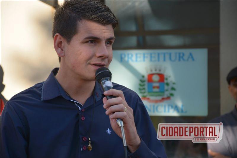 Concentração Cívica abre festividades em comemoração aos 57 anos de Moreira Sales