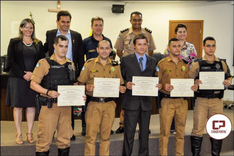 Deputado Marcio Pacheco entrega homenagens para cinco policias militares que se destacaram no estado
