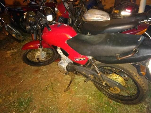 Moto é apreendida pela Polícia Militar em Mamborê