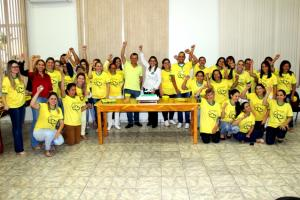Pedro Coelho participa de comemoração ao dia da Enfermagem com profissionais da Secretaria de Saúde