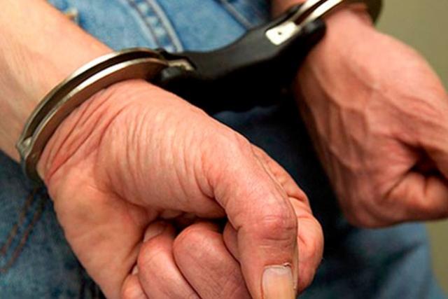Casal foi preso em flagrante furtando blindex de residência em Goioerê