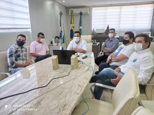 Prefeito e vereadores discutiram projetos com o Secretário Marcio Nunes