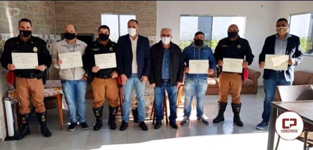 Policiais Rodoviários do PRv de Iporã recebem homenagem na Assembleia Legislativa do Paraná