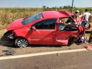 Carreta de Goioerê se envolve em acidente na BR-163 no MS