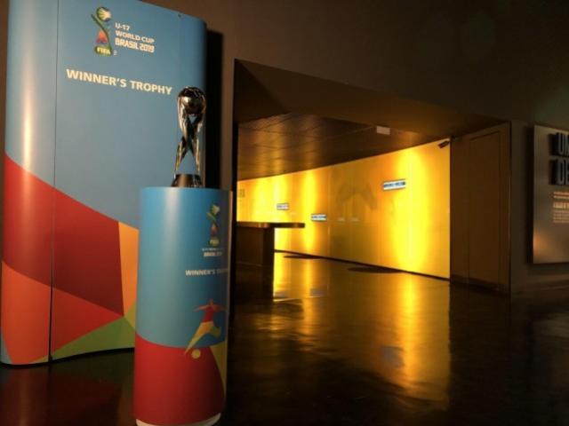 Troféu da Copa do Mundo Sub-17 está no Museu Seleção Brasileira
