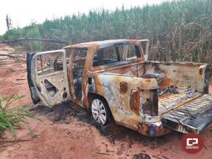 Carro que pertence a homem desaparecido em Mariluz é encontrado incendiado em estrada rural