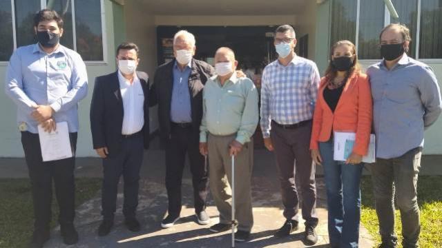 Betinho Lima recebe visita de Ex-Deputado e Ex-Prefeito