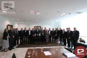 Convênio que garante o funcionamento de UTI em Goioerê foi assinado nesta terça-feira, 03