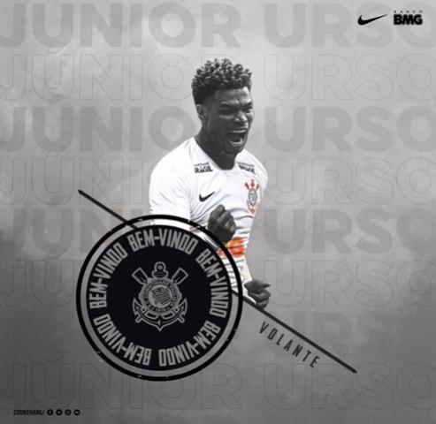 Corinthians anuncia a contratação do volante Júnior Urso por três temporadas