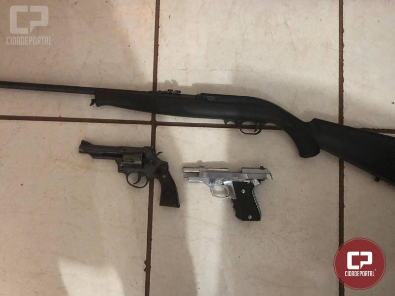 11 pessoas são presas por suspeita de envolvimento com o tráfico de drogas em Roncador