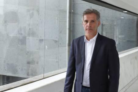 Governador Ratinho Junior anuncia jornalista Hudson José para comunicação