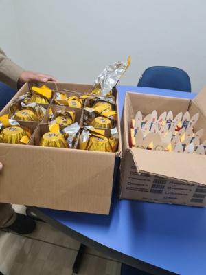 Bombeiros entregam ovos de Páscoa para entidade em Goioerê