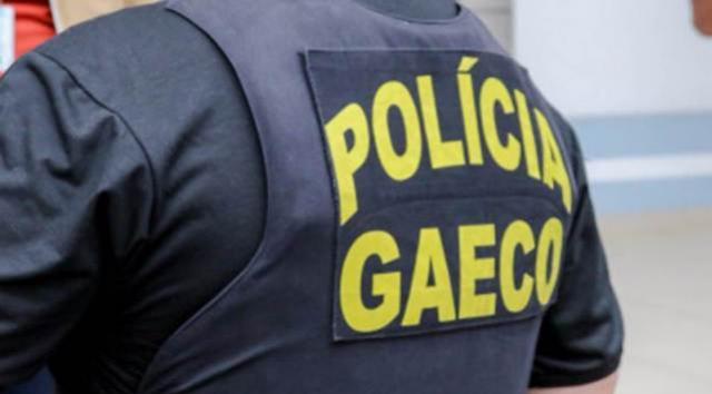 Policiais civis são presos suspeitos de corrupção e uso de documentos falsos