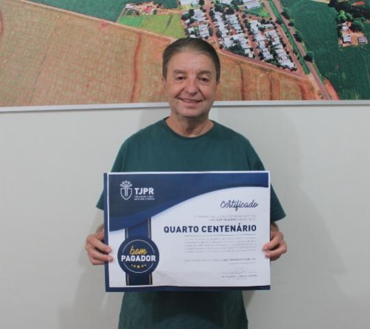 A prefeitura de Quarto Centenário recebeu no final do ano de 2019, um selo de Bom Pagador