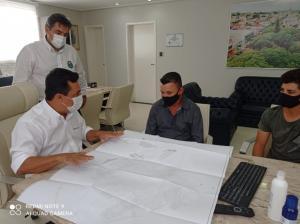 Prefeito recebeu presidente da Associação de Moradores do Conjunto Águas Claras