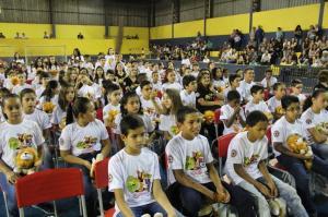 Fico feliz em ver tantas crianças no caminho do bem, citou Pedro Coelho sobre a formatura do PROERD