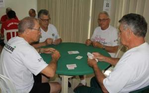 Prefeito Pedo Coelho recebe o Grupo da Terceira idade, que foi sucesso nos Jogos da Integração em Guaratuba