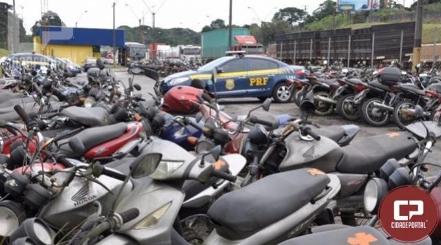 PRF leiloa aproximadamente 1,6 mil veículos em Curitiba nesta segunda-feira, 09