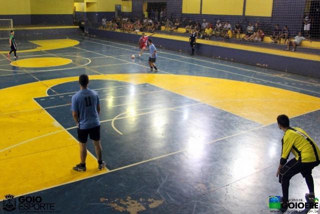 Rodada desta quinta-feira da 2ª Copa Popular Futsal definiu as ultimas vagas à fase semifinal