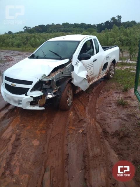 Veículo da Secretaria da Agricultura de Goioerê se envolve em acidente
