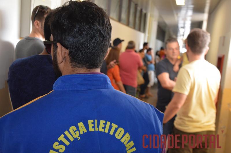 Eleitor goioerense compareceu em massa para exercer a cidadania do voto neste domingo, 07