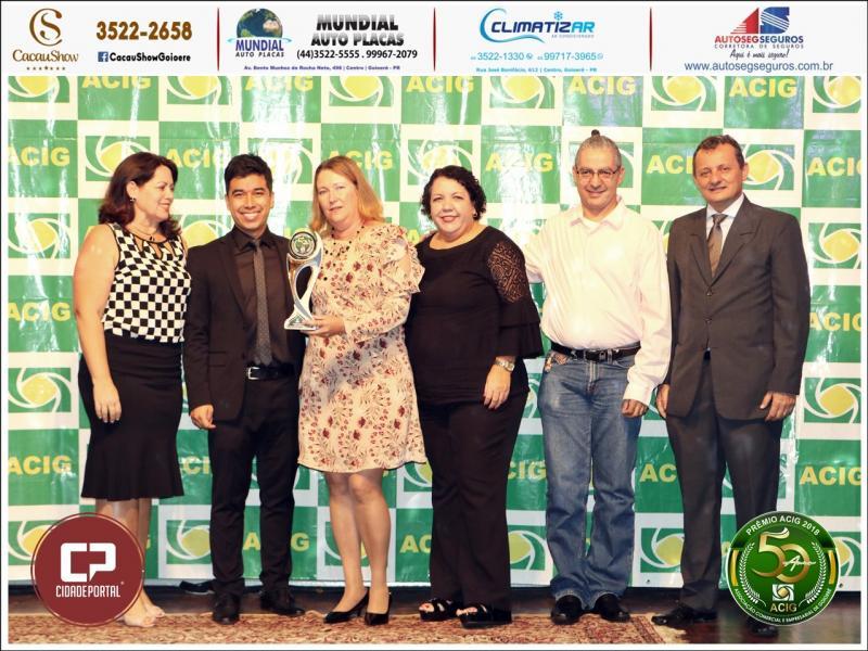 Colégio Novo Mundo recebe Prêmio Acig - Melhores do Ano 2018