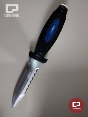 Equipe RPA da Polícia Militar de Goioerê prende suspeito com faca no centro de Goioerê