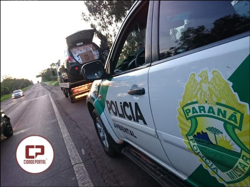 Polícia Ambiental prende duas pessoas com cigarros do Paraguai em Perobal.