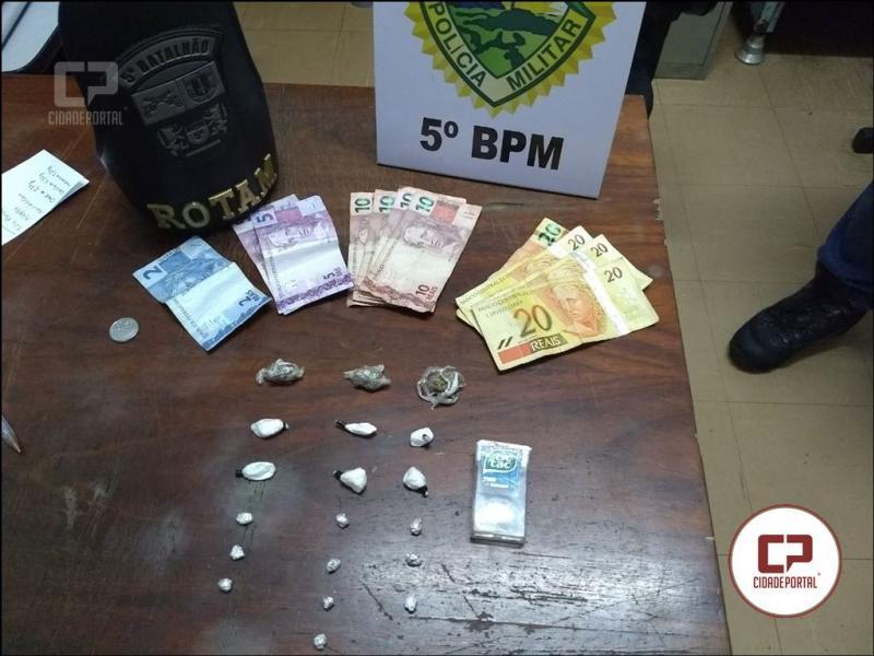 Rotam flagra momento em que suspeito de tráfico entrega droga para comprador em Ibiporã