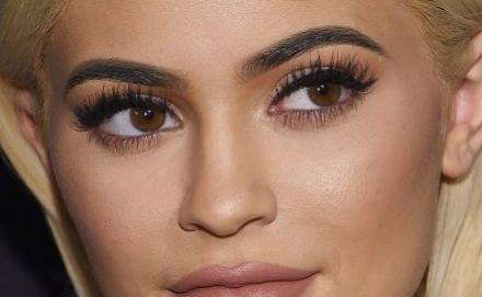 O tom de rímel perfeito para destacar a cor dos seus olhos