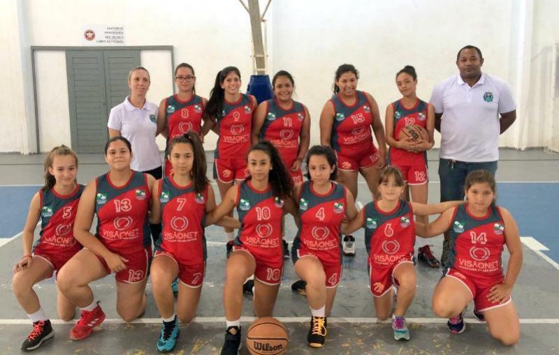 Basquete feminino sub-14 de Goioerê esteve em Foz do Iguaçu na 1ª etapa da Liga Oeste 2018
