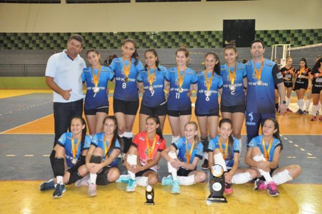 Voleibol feminino de Juranda assume liderança geral da Copa Talentos em Ação