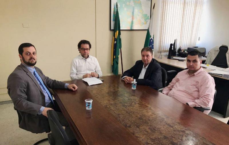 Prefeito Reinaldo Krachinski busca recursos no instituto das Águas para Quarto Centenário