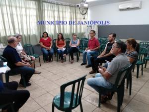 A Chefia do NRE iniciou a semana com reuniões in loco nos municípios jurisdicionados