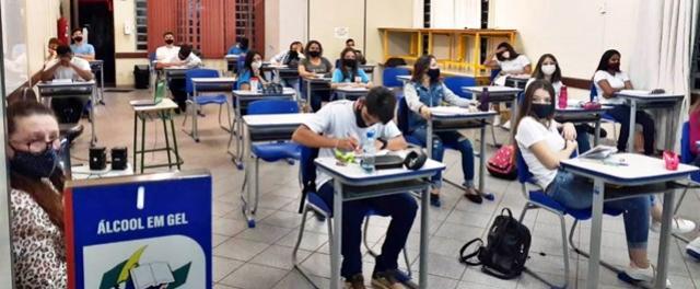 Escolas do NRE de Goioerê retomam aulas presenciais e híbridas