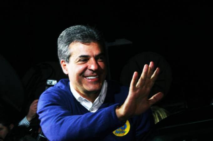 Ex-governador Beto Richa e mulher são presos no Paraná