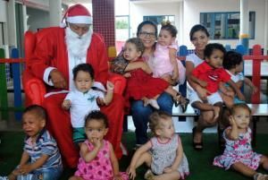 140 crianças do CMEI Bonifácio Cionek receberam brinquedos doados pela comunidade em Goioerê