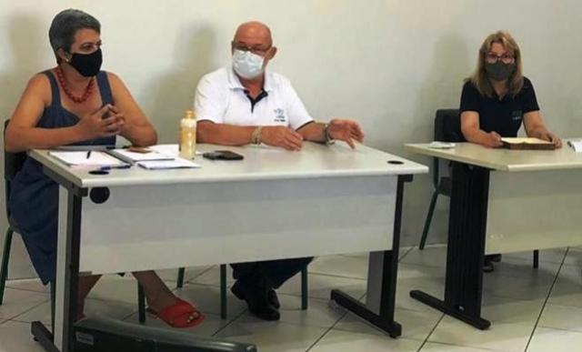 NRE de Goioerê promove roda de conversa com os novos diretores e diretoras